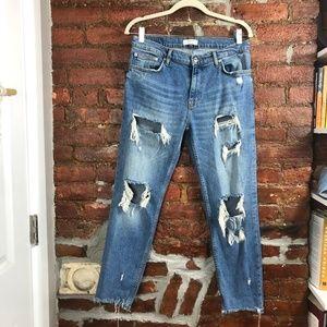 Zara Destroyed Girlfriend Jeans US 6